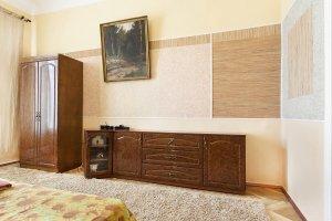 kiev kiralık daire kostolnaya9-1